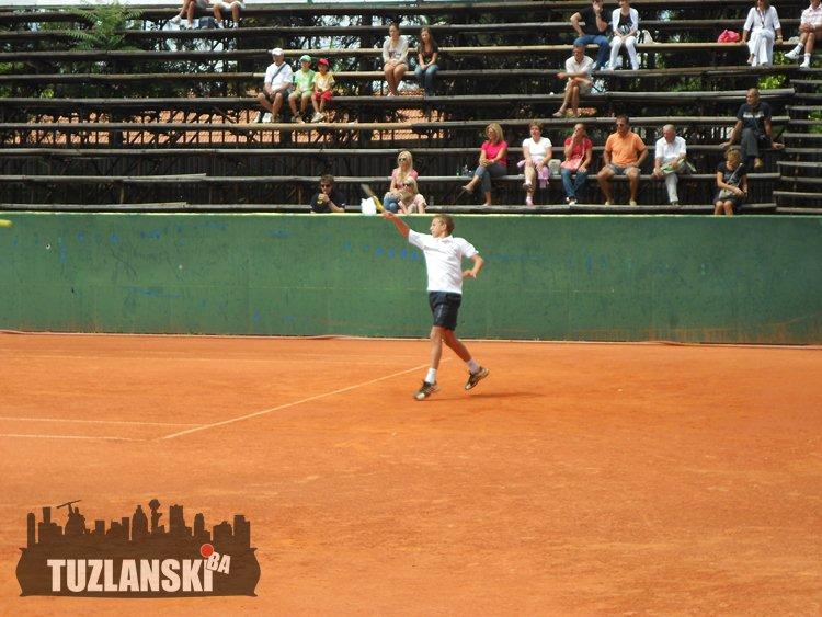 tenis-sloboda