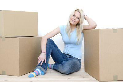 djevojka-kutije