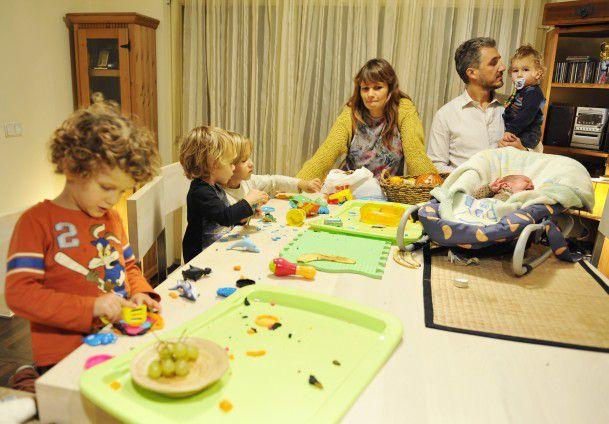porodica-pet-djece