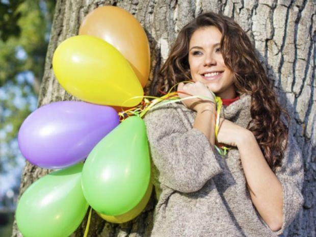 djevojka-baloni1