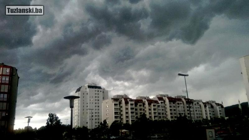 tuzla-oblaci-crni1