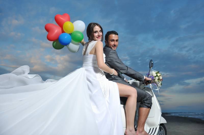 60772109-brak-vjencanje-mladenka