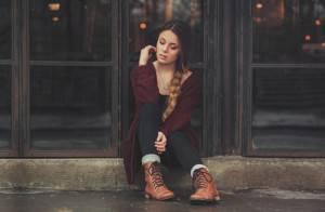 djevojka-zamisljena