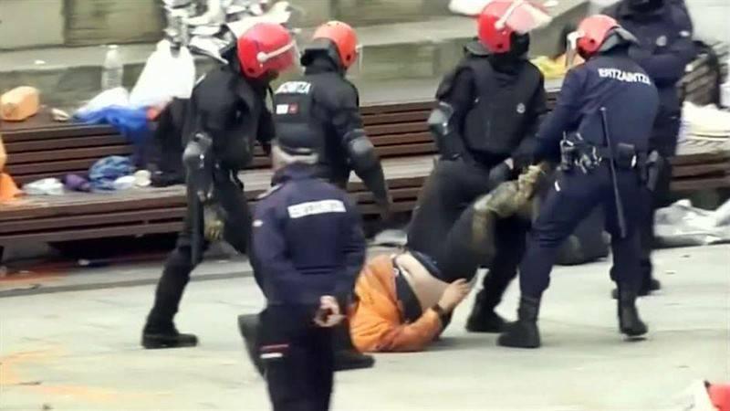baskija-policajac-natjerao-muslimana-da-jede-trulu-svinjetinu