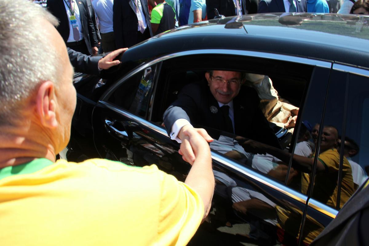 davtoglu-premijer-turske-u-srebrenici