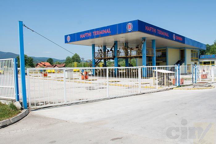 U podzemnim cisternama u Goliješnici kod Žepča bilo je uskladišteno1,63 miliona litara javnih zaliha goriva. Sve je potrošeno, a dug će teško biti naplaćen. (Foto: CIN)