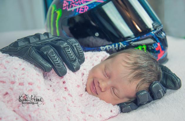 beba-spava-rukavice