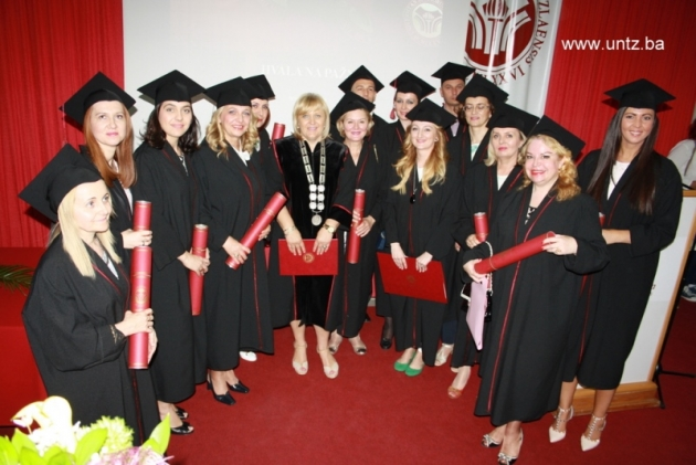 studenti-diplome