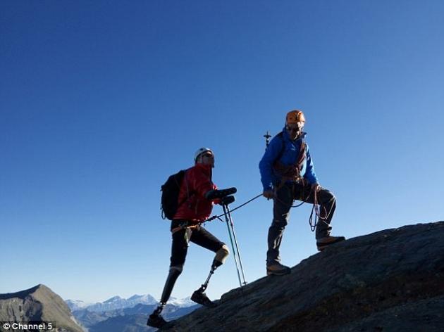 jamie-andrews-planinar-cetvorostruka-amputacija-vrh