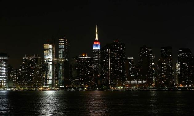new-york-empire-state-building-u-bojama-zastava-zemalja-ucesnica-olimpijade1