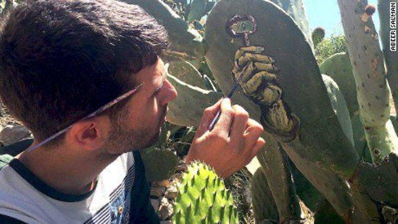 palestinac-slikanje-na-kaktusu (1)