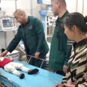 Uhvatio dijete koje je padalo sa petog sprata, kamere snimile nevjerovatan podvig