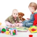 Naučnici tvrde: Djeca koja imaju manje igračaka su maštovitija i kreativnija