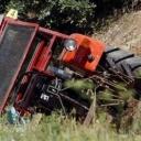 Banovići: Muškarac poginuo prilikom prevrtanja traktora