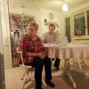 Glumci Narodnog pozorišta Tuzla po prvi put predstavu odigrali u stanu (FOTO)