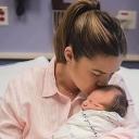"""Pokazala koliko je teško roditi: """"Ovo je 10 centimetara kroz koje beba izlazi"""""""
