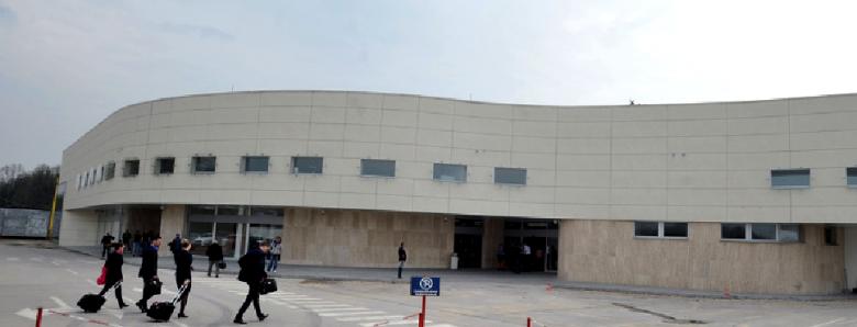 Međunarodni aerodrom Tuzla objavio je Javni oglas za popunu radnih mjesta.
