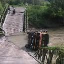 Urušio se most na rijeci Spreči pod teretom kamiona