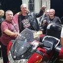 Vlasniku vratio izgubljenu torbicu sa novcem, za nagradu dobio motor