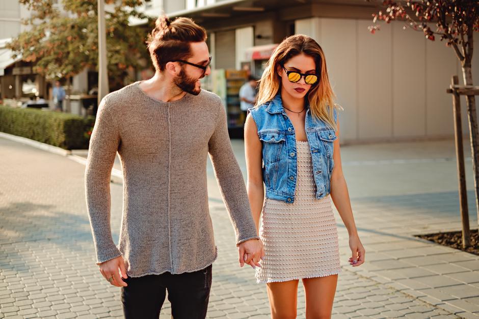 zlostavljanje u solo vezama pobožne ideje za druženje parova