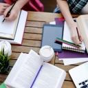 Fakultet poslao dopise roditeljima starih studenata kako bi oni konačno diplomirali