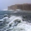 Neviđena glupost: Turist se odlučio okupati usred olujnog juga, pa više nije mogao izaći iz mora