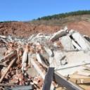 Srušena tri bespravno sagrađena objekta u okviru stambeno-poslovnog naselja