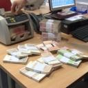Građani prije odlaska iz BiH dižu kredite i 'zavaljuju' žirante