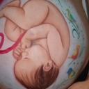 Šta sve beba može u maminom stomaku?