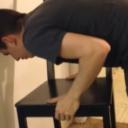 Izazov sa stolicom, pokušavaju svi, ali samo žene uspijevaju